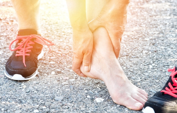 Ankle Pain | Foot and Ankle Surgeon St Louis | Dr Mahesh Bagwe